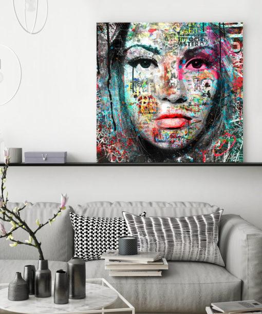 tableau portrait femme peinturee street art